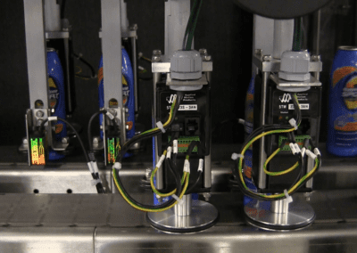 spinning bottles to orientate labels to face in the same directiong